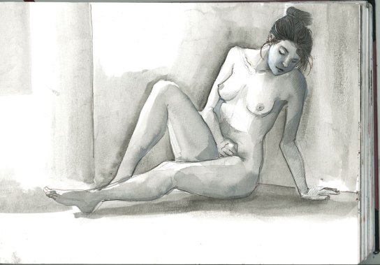 N_nude_seated